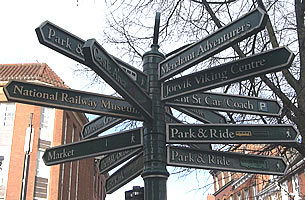 York-street-sign-great-britain-798670_305_200