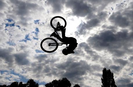 Sky ride participant forgets York pothole menace