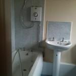 9 Bradley Drive bathroom