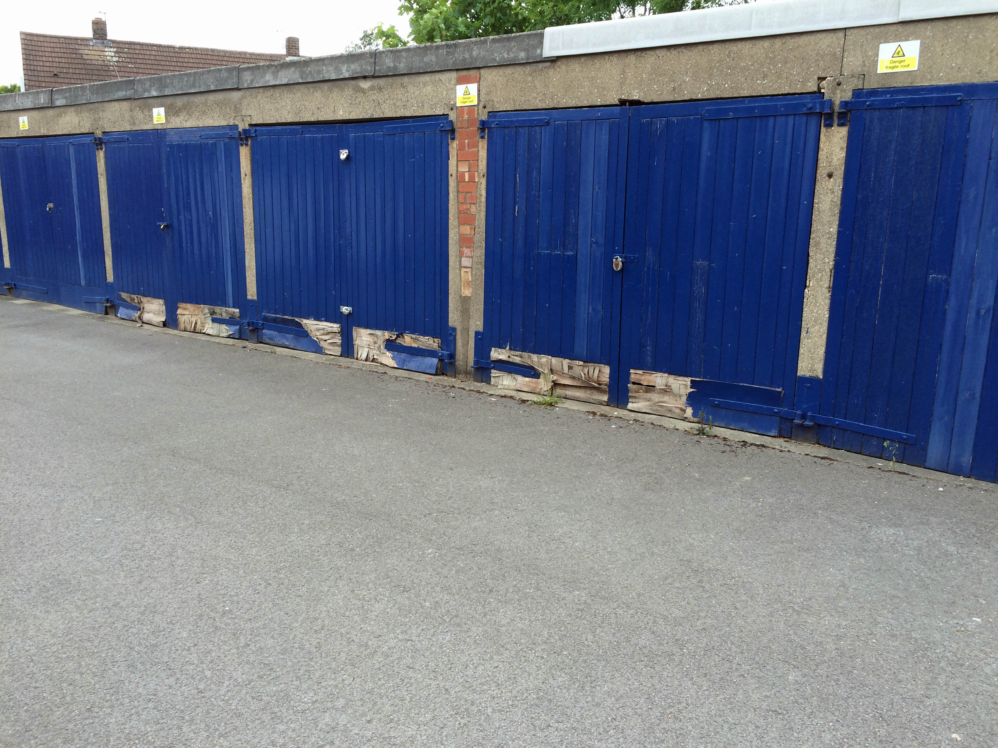 Poorly maintained garages on Chapelfields Road