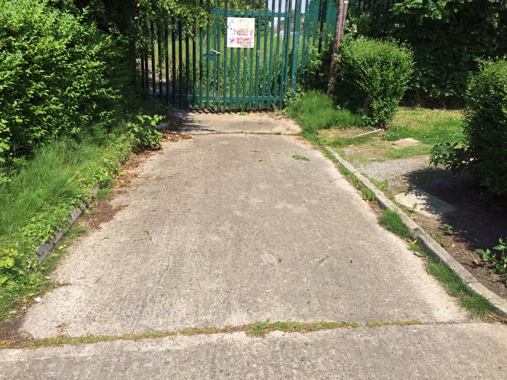 Rear entrance to Lowfields school site