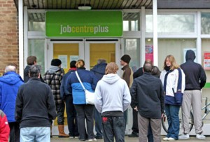 unemployed_queue_benefits_DWP