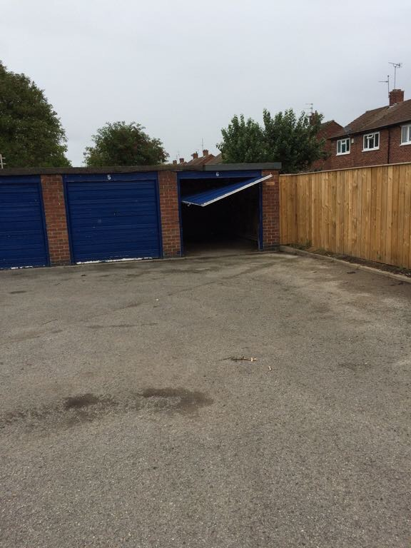 Vandalised garage door Thoresby Road