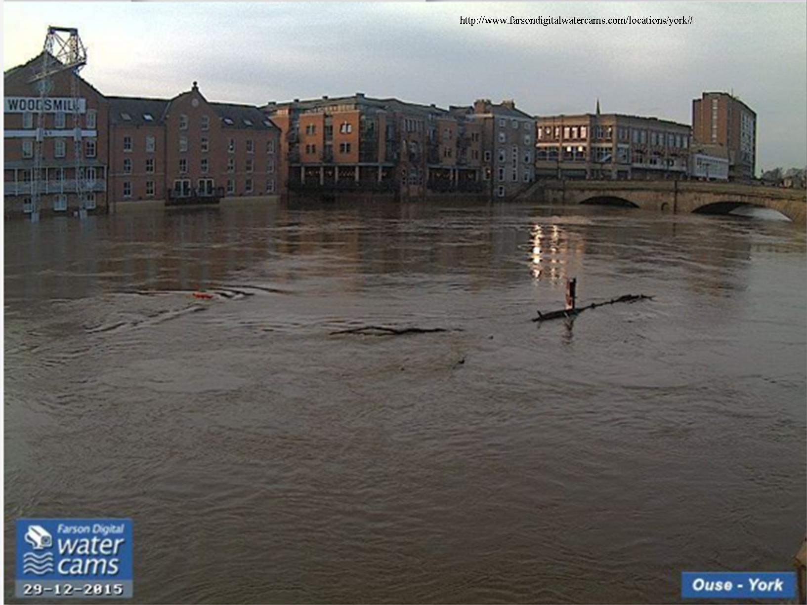 Ouse flood cam 1427 29th Dec 2015