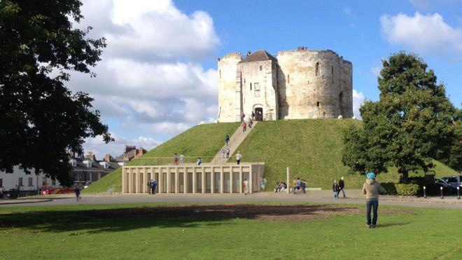 Temple of English Heritage Clifford's Tower visitor centre 2016 AD