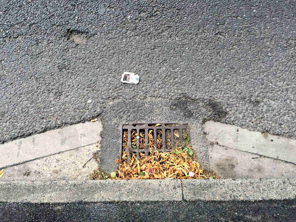 Blocked gully on Gale Lane recently reported by us