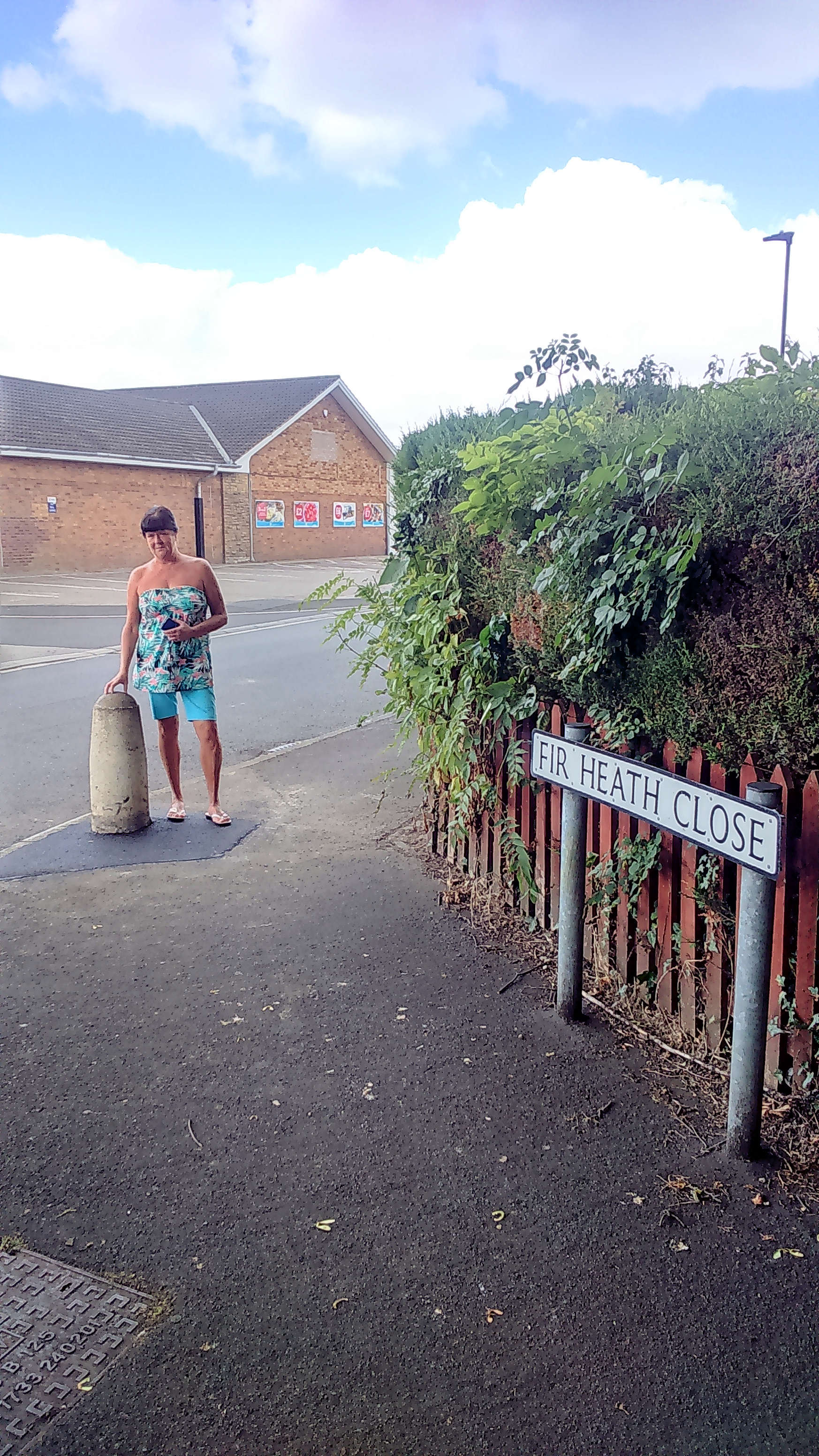 Success for Cllr Sheena Jackson who has had the damaged bollard at the entrance to Fir Heath Close repaired