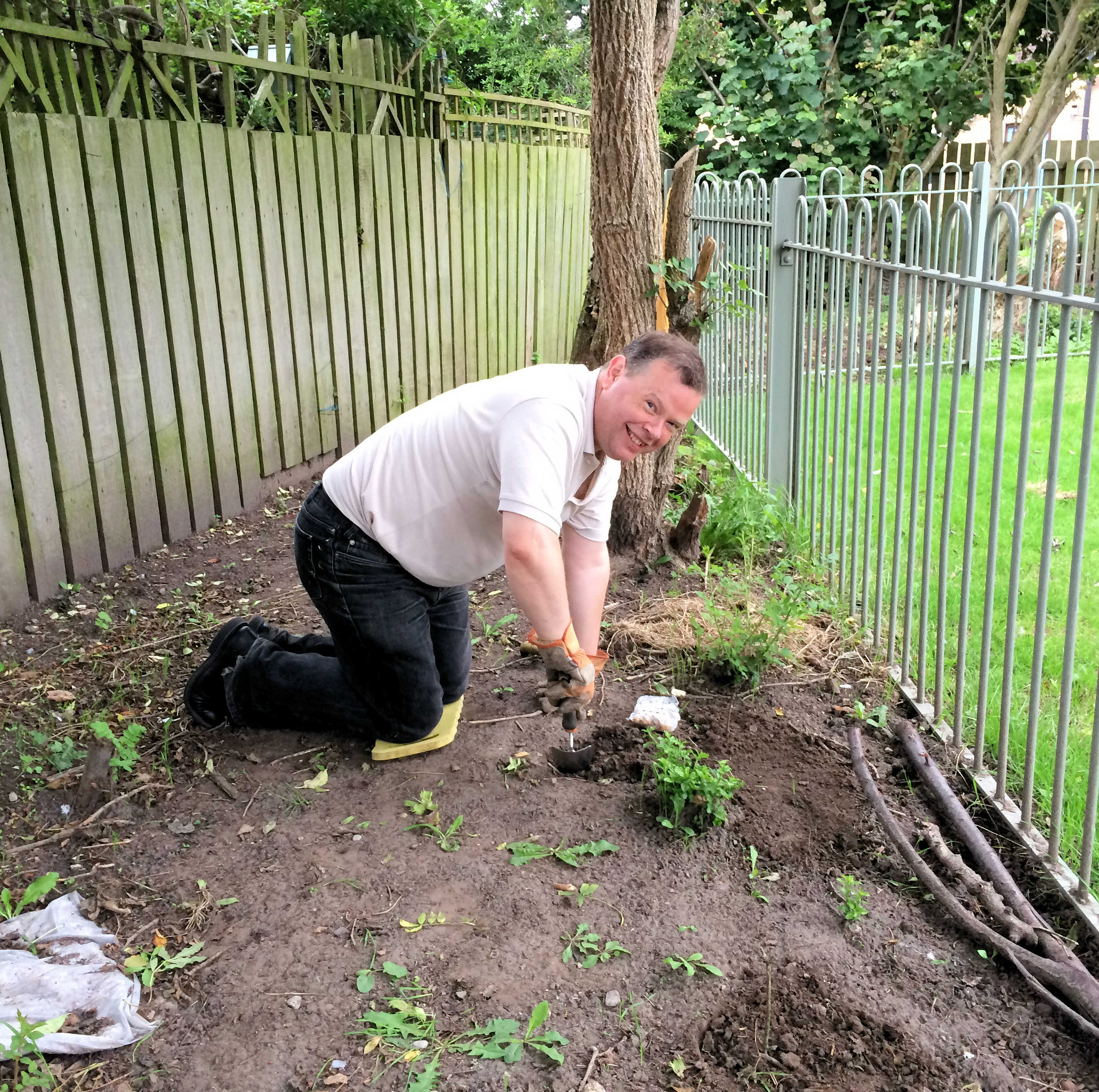 The week concluded with volunteers planting a Bluebell wood near the community centre on Bellhouse Way. Here Andrew Waller leads the work. Unfortunately weather conditions meant that an additional planting session will be needed later