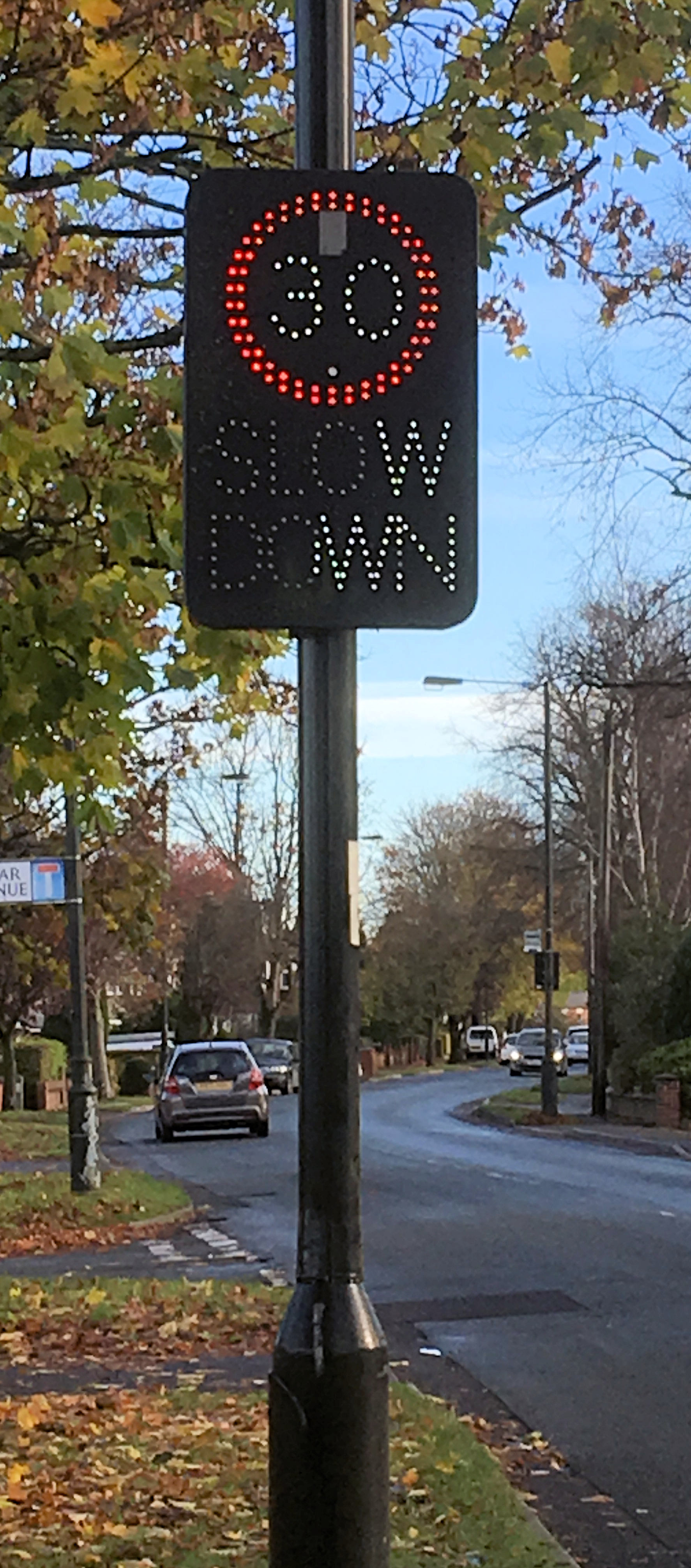 We've reported a broken speed sign on Wetherby Road.  A reprt ealier in teh week revelaed that there ahd been a substnatial increase in cyclist casualties in York last year.
